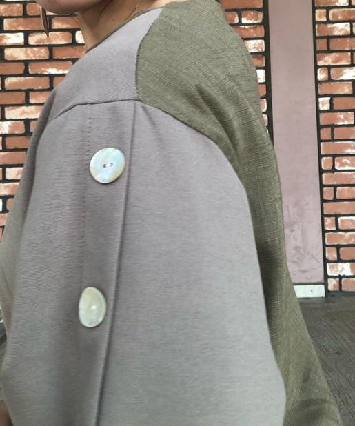 Chez toi(シェトワ) 【袖で差がつく】カット×布帛肩ボタンプルオーバー