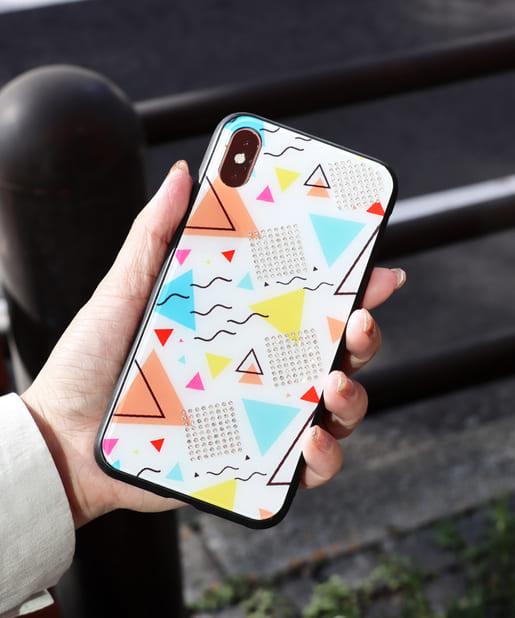 3COINS(スリーコインズ) ライフスタイル 【ASOKO】三角総柄iPhoneX・XSケース ホワイト