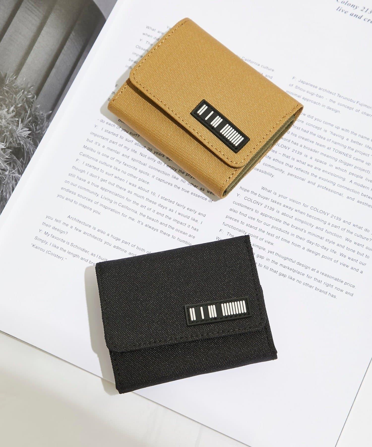 COLONY 2139(コロニー トゥーワンスリーナイン) メンズ 【MEN'S/ユニセックス】シリコンワッペン付き三つ折り財布3 ブラック