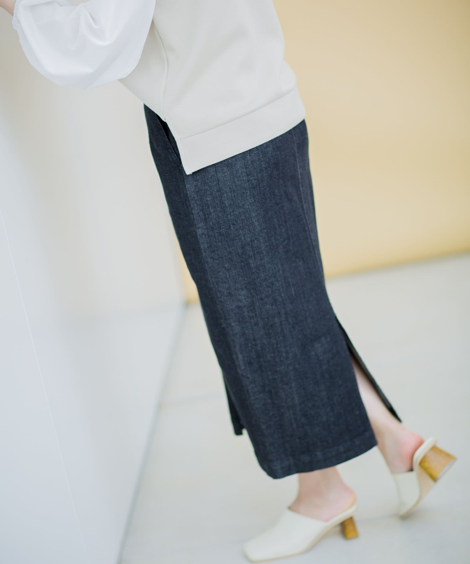 Thevon(ゼヴォン) ジップデニムタイトスカート
