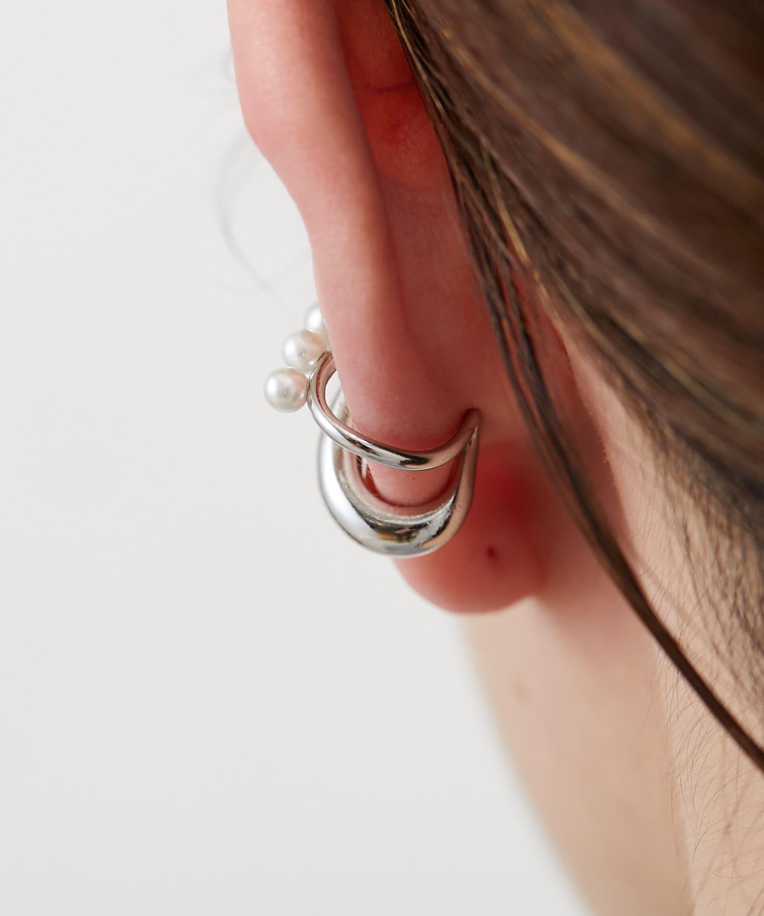 ear PAPILLONNER(イア パピヨネ) メタルパールイヤーカフ