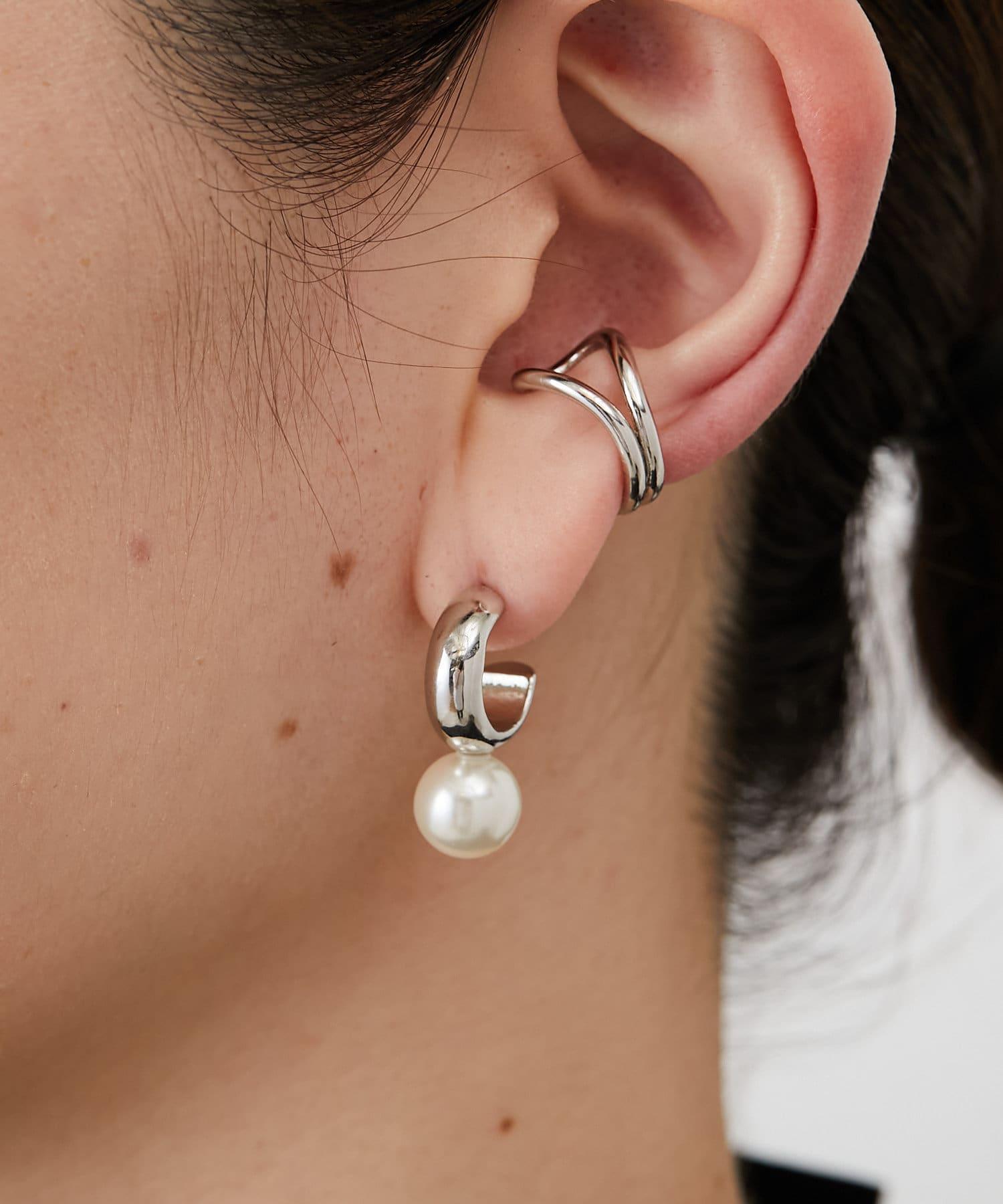 ear PAPILLONNER(イア パピヨネ) ぶらさがりパールピアス