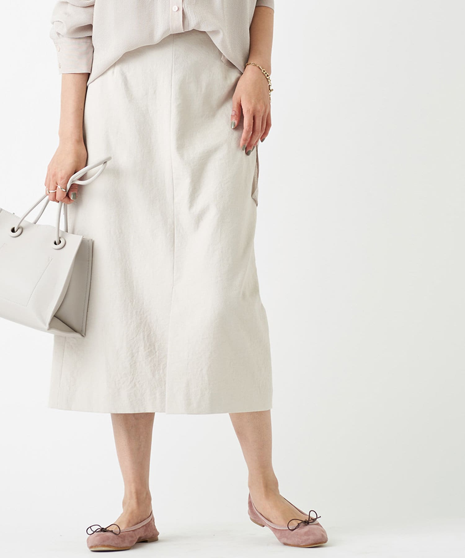 RIVE DROITE(リヴドロワ) 【女性らしさを高めてくれる一枚】オックススリットスカート
