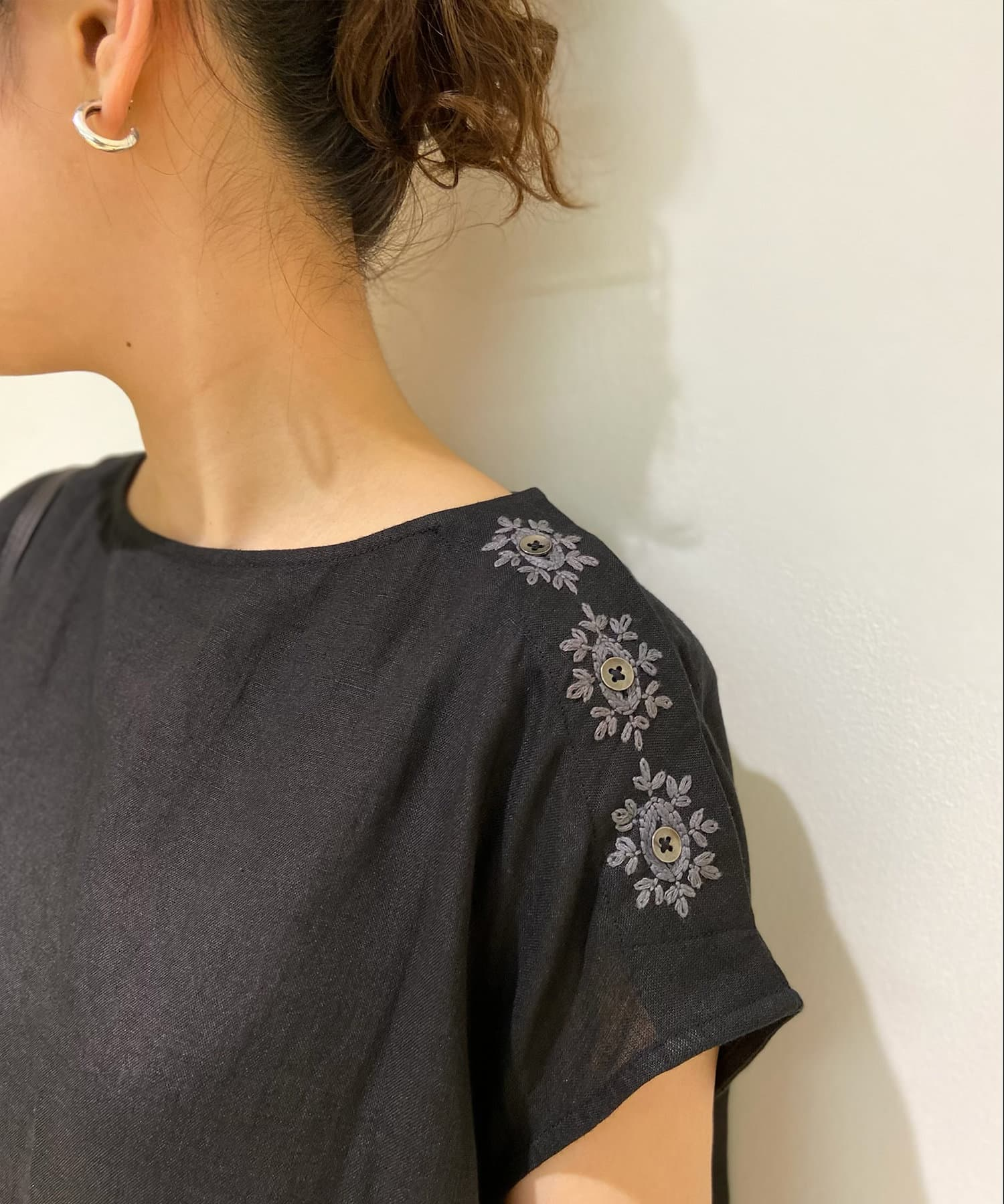 BEARDSLEY(ビアズリー) 釦ホール刺繍ワンピース