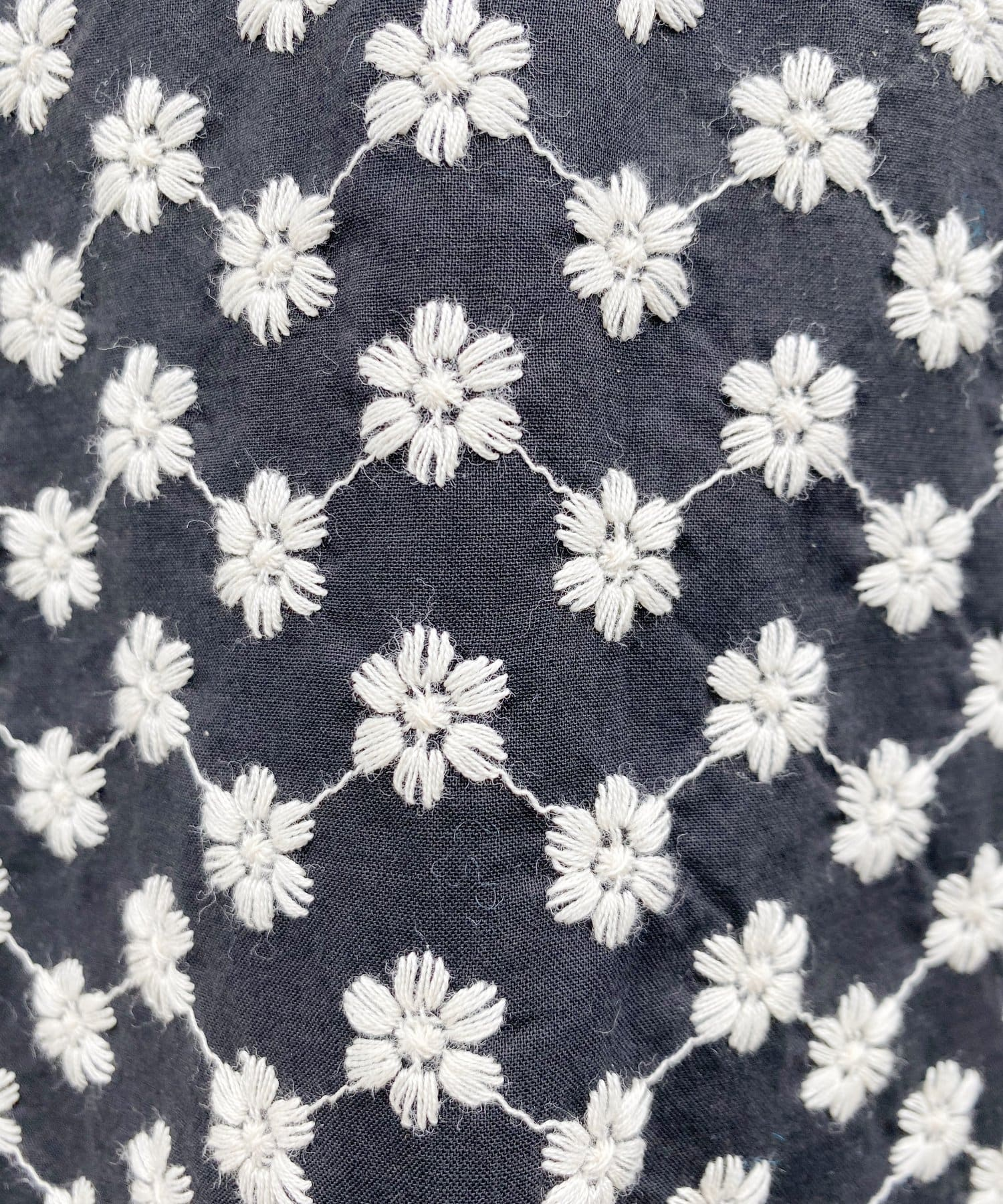 SHENERY(シーナリー) 【WEB限定】ギャザーパフスリーブ刺繍チュニックドレス