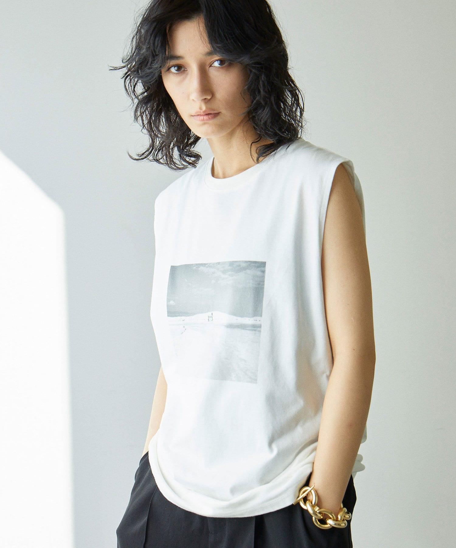 GALLARDAGALANTE(ガリャルダガランテ) ノースリグラフィックTシャツ