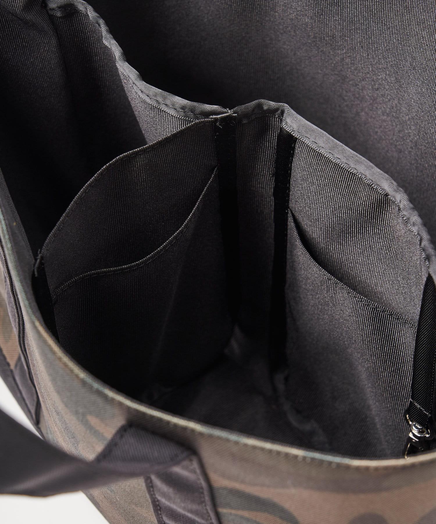 BIRTHDAY BAR(バースデイバー) JELLY スマイル パーテーショントート / 仕切りつきバッグ