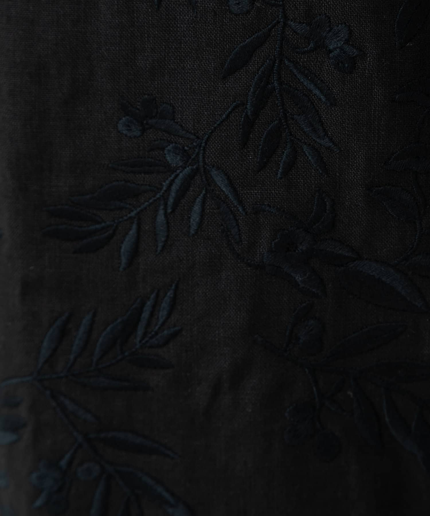 LIVETART(リヴェタート) 《sure feel》オリーブ柄刺繍パンツ 【WEB限定】