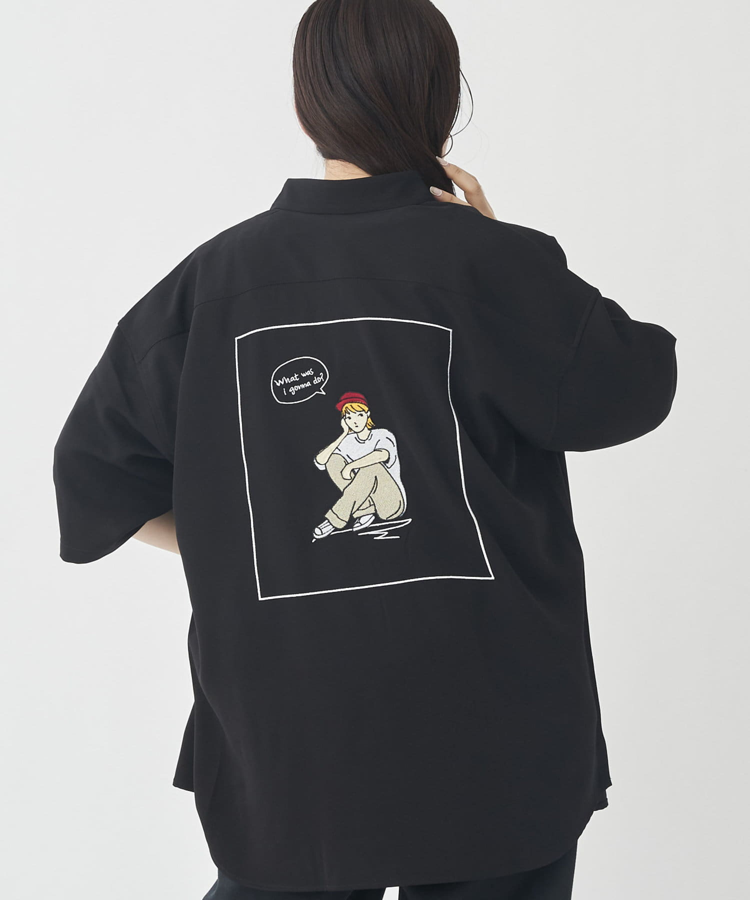CPCM(シーピーシーエム) エステルバックガール刺繍半袖シャツ