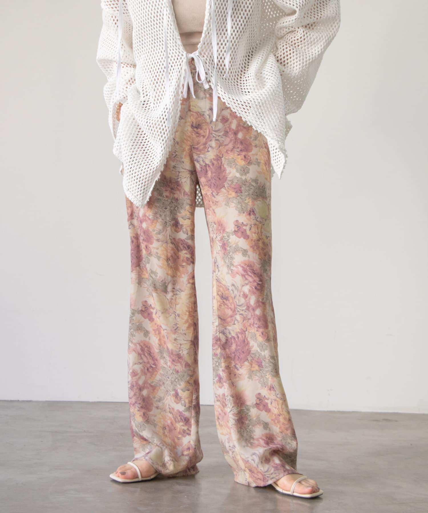 Kastane(カスタネ) SET UP Flower Print Shear Pants