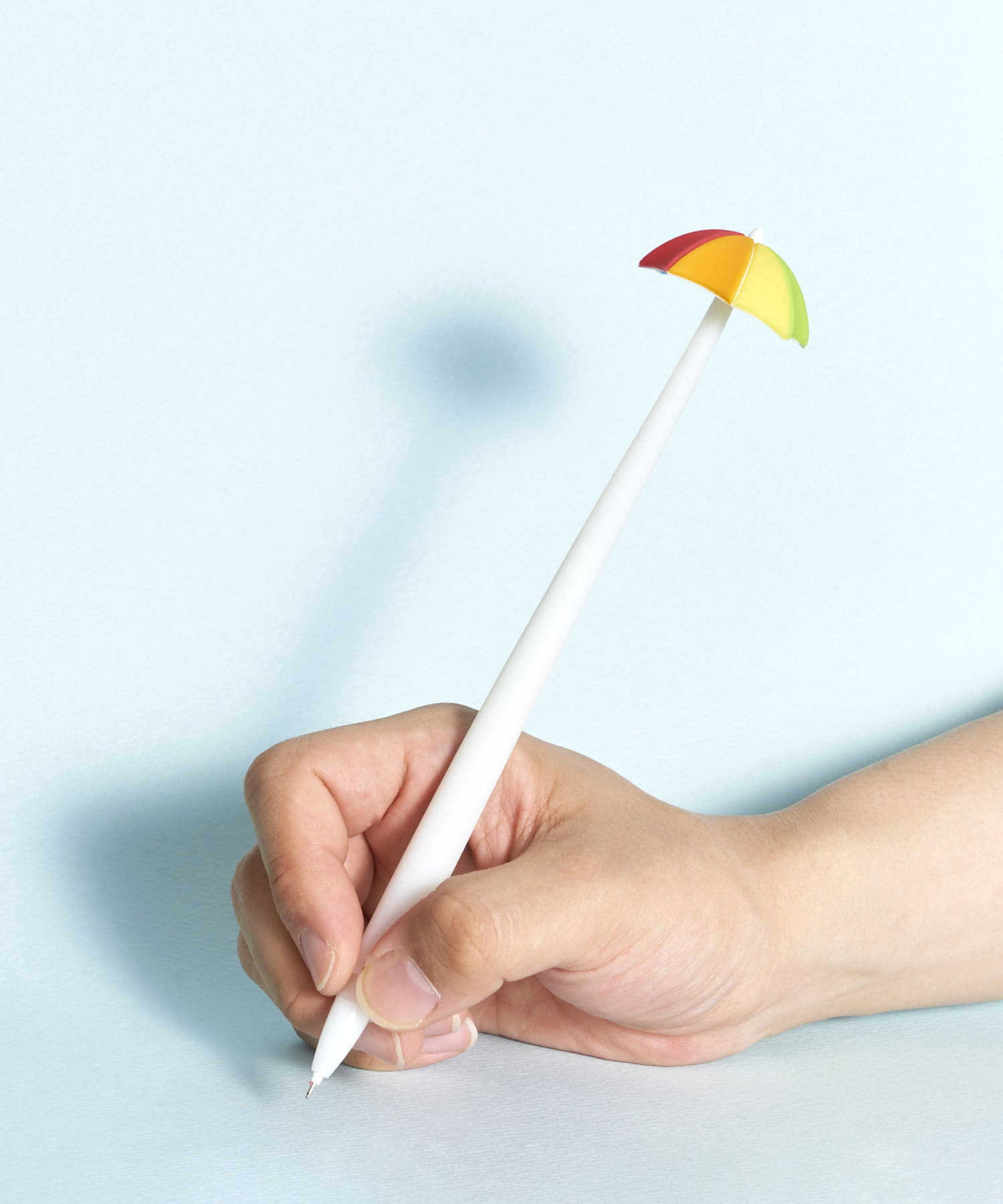 3COINS(スリーコインズ) 【ASOKO】ふにゃふにゃ虹傘ボールペン