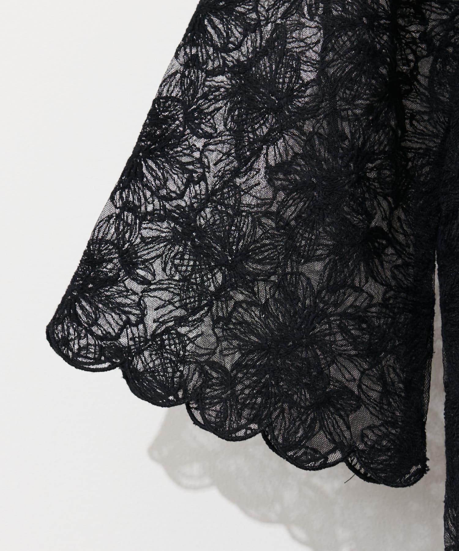 natural couture(ナチュラルクチュール) 袖口スカラップフラワーレースブラウス