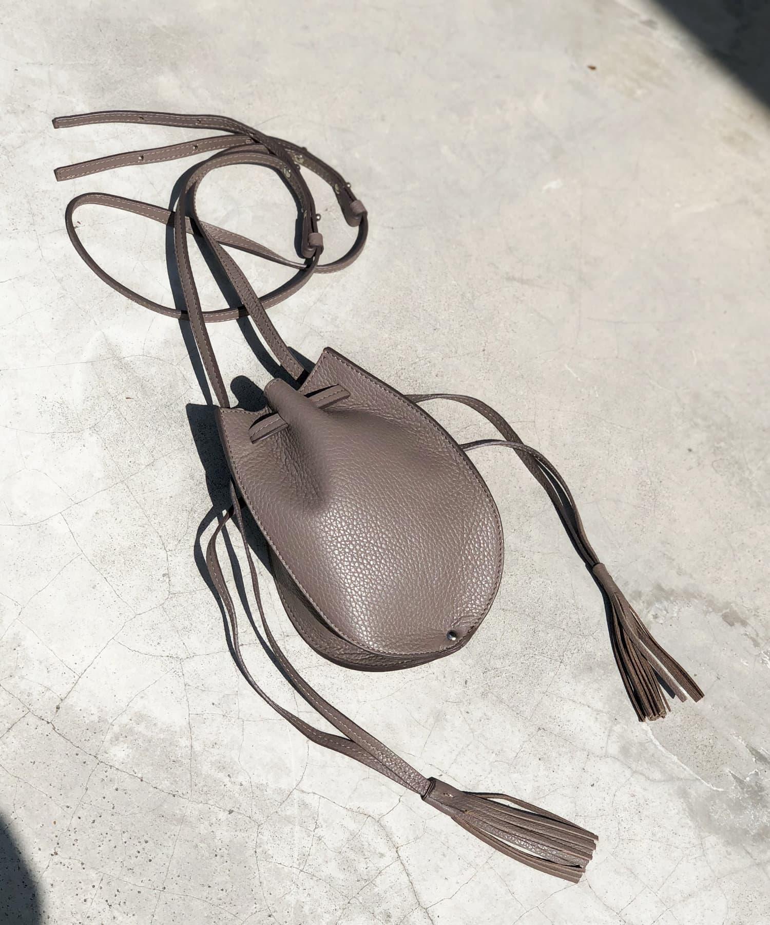 un dix cors(アンディコール) 《予約》【PAOLA NUTTI(パオラヌッティ)】巾着レザーバッグ