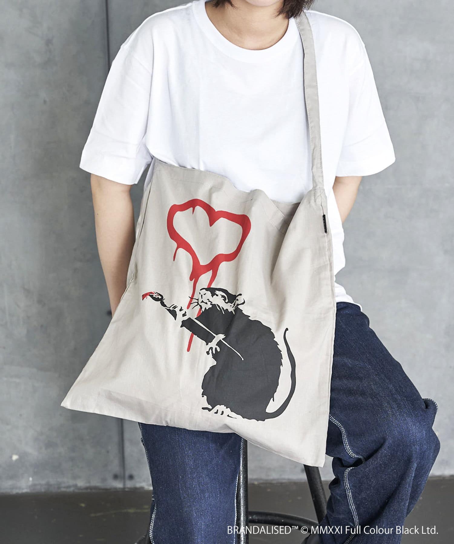 3COINS(スリーコインズ) 【ASOKO】Banksy's Graffiti ワンショルダーバッグ
