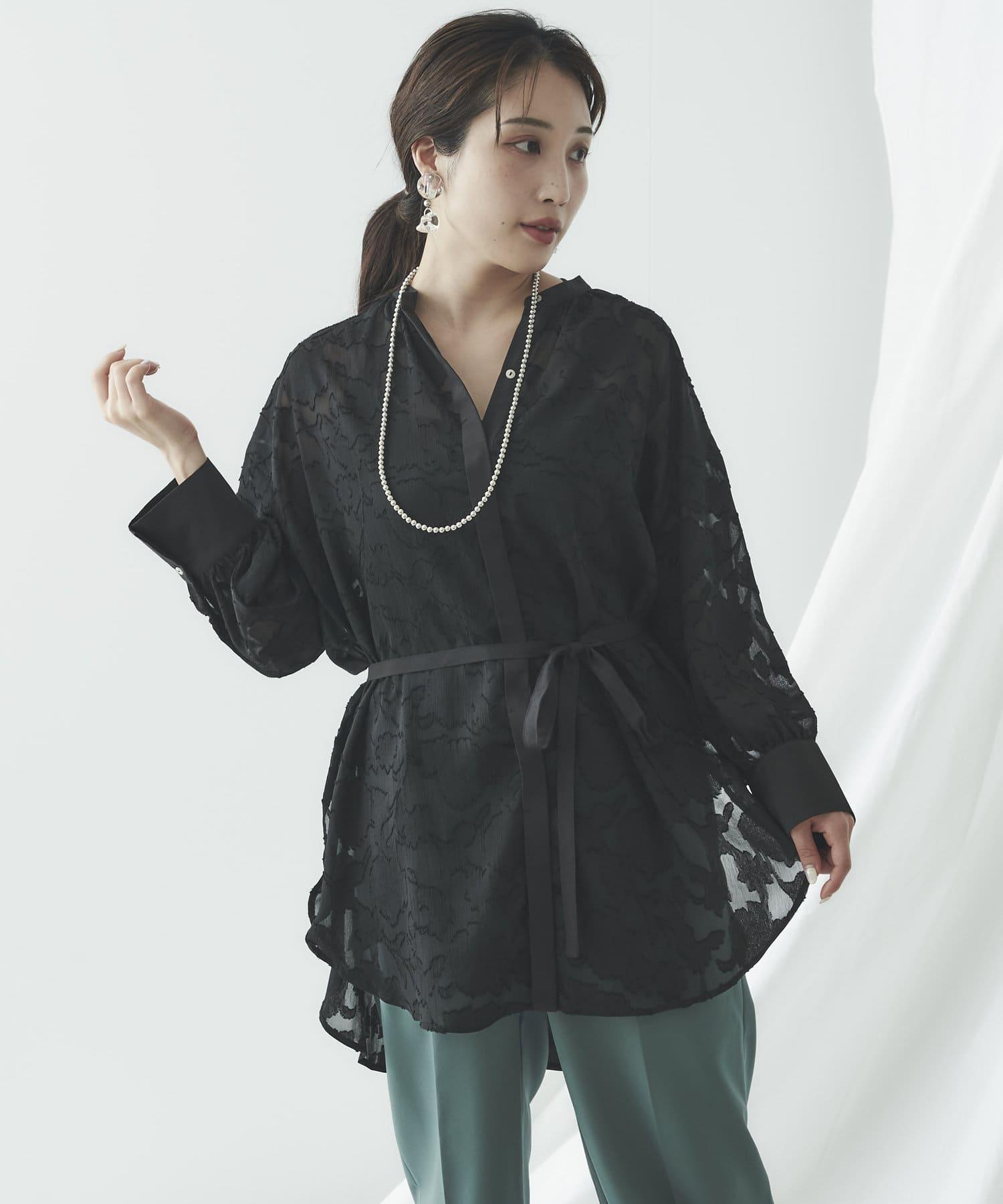 mona Belinda(モナ ベリンダ) シアージャガードバックリボンシャツ
