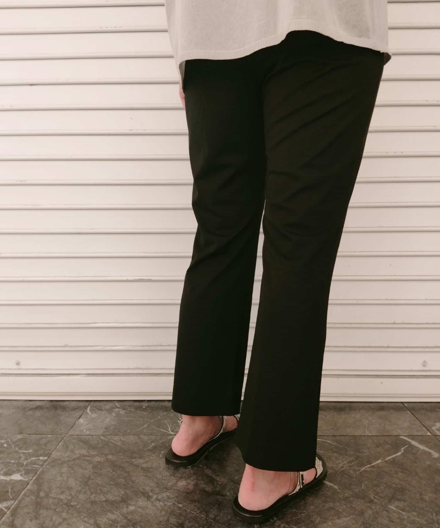 un dix cors(アンディコール) 【カジュアルな雰囲気と女らしさを両立】肩タックニット×パンツセットアップ