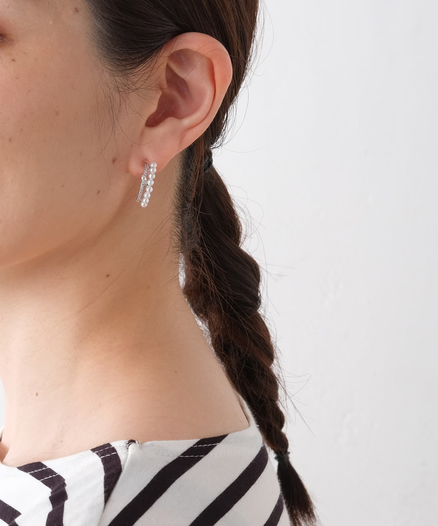ear PAPILLONNER(イア パピヨネ) (WEB限定)クリスタル×パールピアス