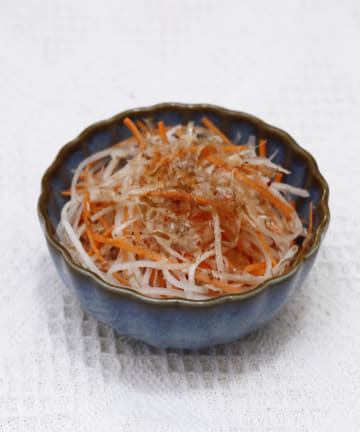 salut!(サリュ) 【おしゃれな和食器】菊鉢11cm