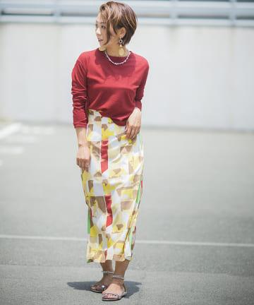 mona Belinda(モナ ベリンダ) カラフル抽象柄タイトスカート