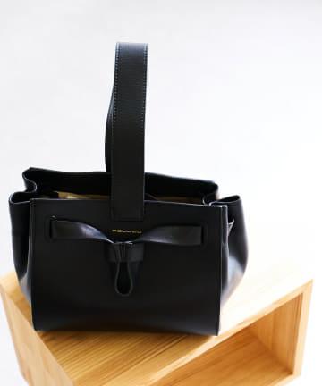 La boutique BonBon(ラブティックボンボン) 【再入荷・PELLICO(ペリーコ)】カーフレザーワンハンドルバッグ
