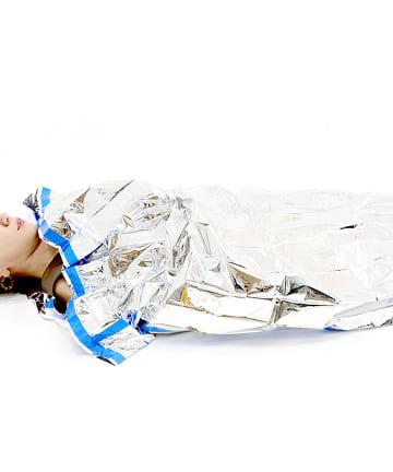 3COINS(スリーコインズ) 断熱アルミ寝袋