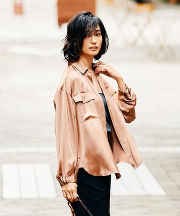 GALLARDAGALANTE(ガリャルダガランテ) 【大草直子さんコラボ】シルキーサテンカーゴシャツ
