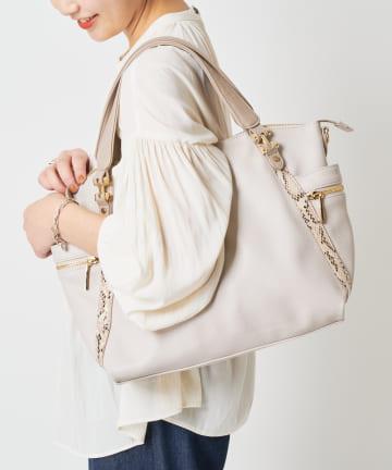 COLLAGE GALLARDAGALANTE(コラージュ ガリャルダガランテ) 【2WAY/気分転換に最適なバッグ】5ポケットバッグ