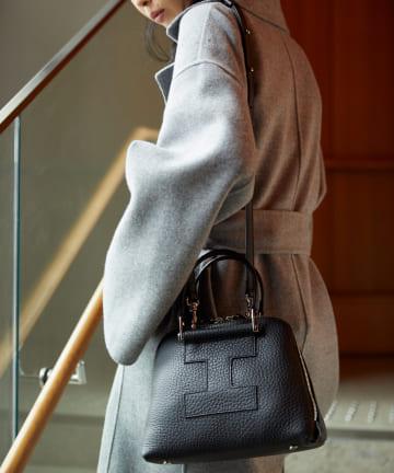 IACUCCI(イアクッチ) ≪新色:ブラック≫ 2WAYロゴトートバッグS【GHIBLI-4120】