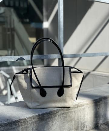 RIVE DROITE(リヴドロワ) 【ONOFF問わず活躍する万能デザイン】バイカラーミドルトートバッグ