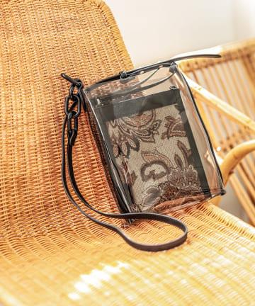 un dix cors(アンディコール) 【kiara(キアラ)】ポーチ付きショルダーバッグ