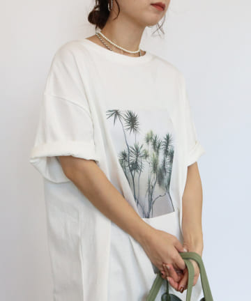 CAPRICIEUX LE'MAGE(カプリシュレマージュ) リーフphotoTシャツ
