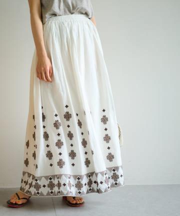 La boutique BonBon(ラブティックボンボン) 【セットアップ可】クロスステッチ刺繍スカート