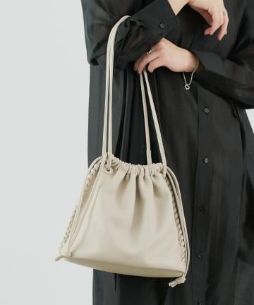COLONY 2139(コロニー トゥーワンスリーナイン) かがり巾着バッグ