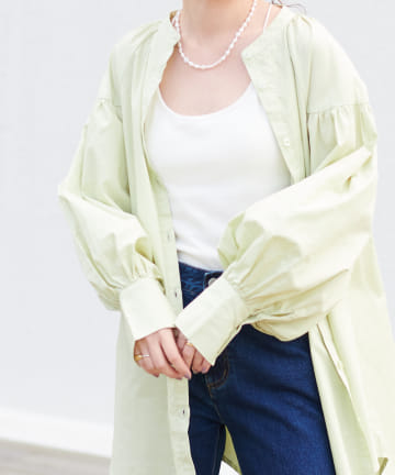Discoat(ディスコート) 袖ボリュームバンドカラーシャツ