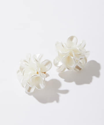 ear PAPILLONNER(イア パピヨネ) 花ざかりピアス