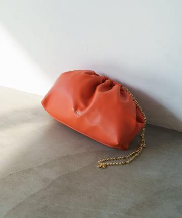 Loungedress(ラウンジドレス) 【FIORELLI/フィオレッリ】ギャザークラッチバッグ