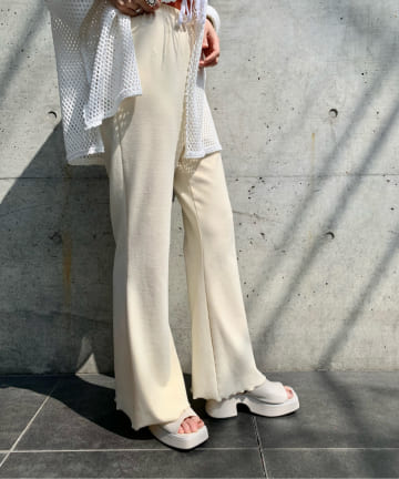 Kastane(カスタネ) MELLOW FLARE PANTS