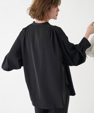un dix cors(アンディコール) 【《垣内彩未さん着用アイテム》洗える】バンドカラー袖ボリュームシャツ