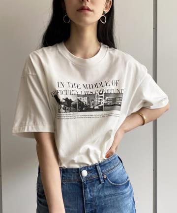Loungedress(ラウンジドレス) 【+81BRANCA/ハチイチブランカ】PURSUE Photo Tシャツ