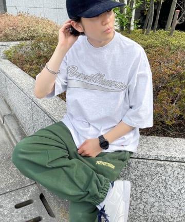 WHO'S WHO gallery(フーズフーギャラリー) 【KOOKY'N/クーキー】 スタジアムカレッジ刺繍TEE