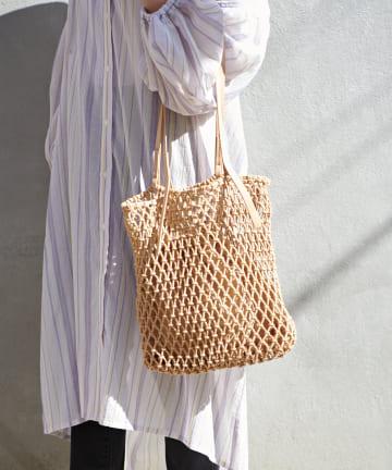 Discoat(ディスコート) マクラメ巾着付きトートバッグ