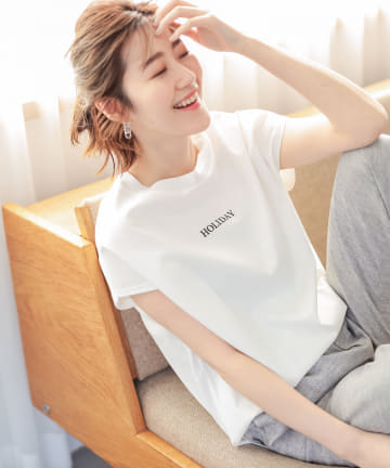 un dix cors(アンディコール) 【《お洒落に差がつくデザイン》洗える】バックニットロゴTシャツ