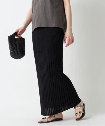 un dix cors(アンディコール) 【《Iラインシルエットがスタイルアップに》手洗い可】リブ編みニットロングスカート