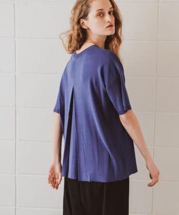 PLUS OTO.HA(プラス オトハ) ウォッシャブル綿100%バックタックニットTシャツ