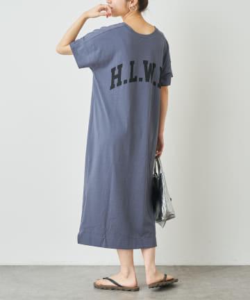 Omekashi(オメカシ) HLWDロゴプリントTシャツワンピース
