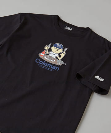CIAOPANIC(チャオパニック) 【Coleman×CIAOPANIC】FUN MAN アートプリントTシャツ