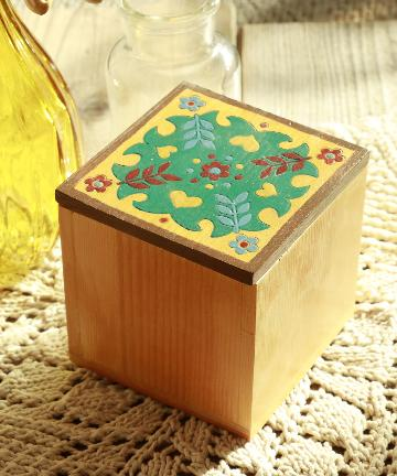 salut!(サリュ) 木彫りボックス