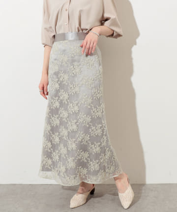 natural couture(ナチュラルクチュール) オーガンジー刺繍スカート