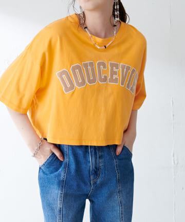 Discoat(ディスコート) カレッジ刺繍ロゴショートTシャツ