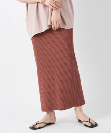un dix cors(アンディコール) 【シルエットが女性らしい】クールタッチハリヌキマキシスカート